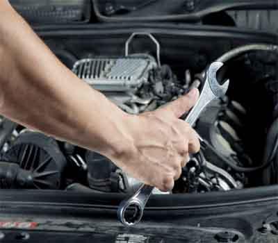فحص وصيانة سيارات في جدة