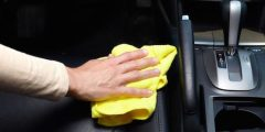 طرق تنظيف مقاعد السيارة القماشية