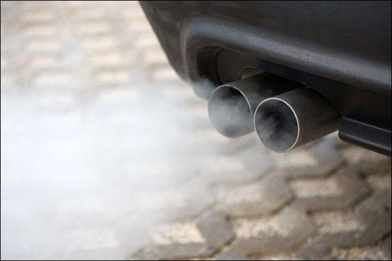 ظهور-دخان-أبيض-من-عادم-المحرك