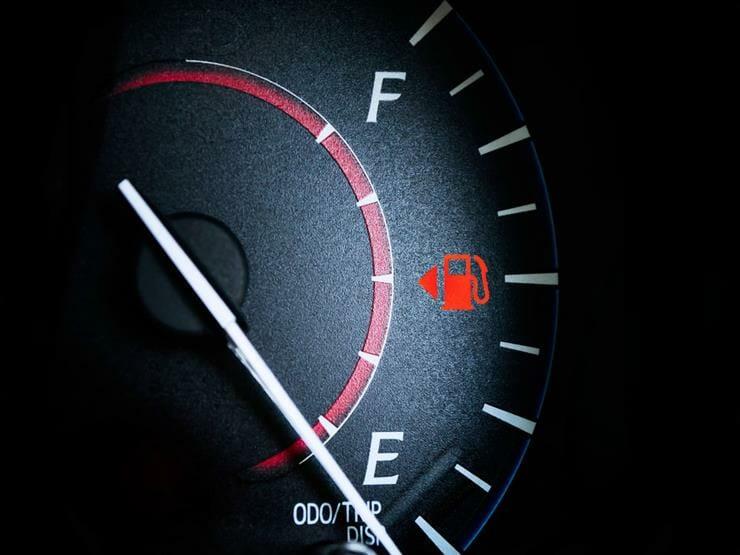 القيادة-بكمية-قليلة-من-الوقود