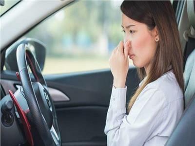 أسباب-رائحة-البنزين-في-السيارة-وطرق-تجنبها