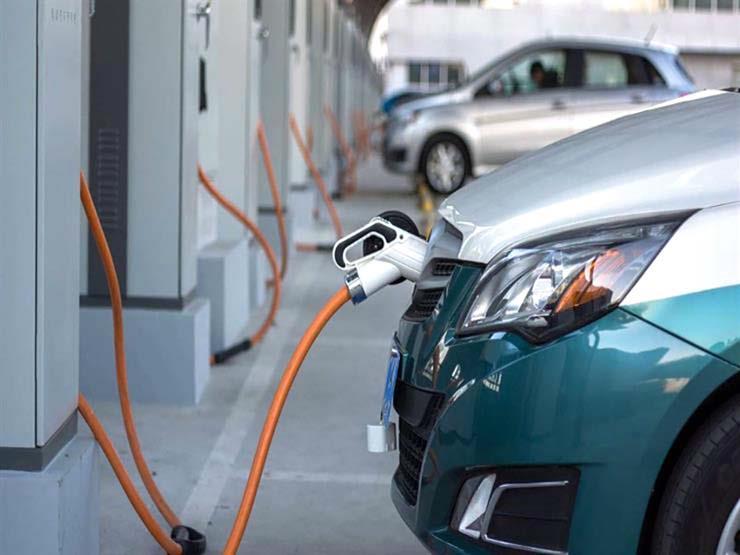 السيارات-الكهربائية-توفر-المال