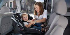 نصائح لتأمين الطفل داخل السيارة