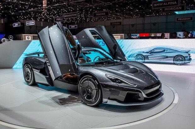 أنواع-السيارات-الكهربائية