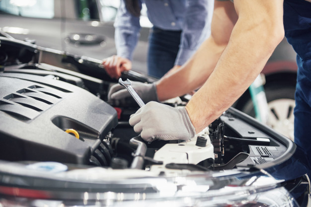 تعتبر-محركات-الحقن-الكهربائي-أفضل-من-محركات-الحقن-الميكانيكي-لعدة-أسباب